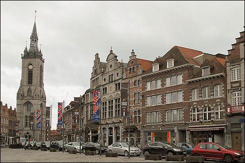 Grote Markt in Doornik