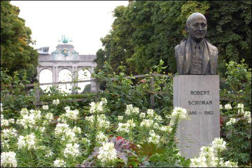 Robert Schuman monument
