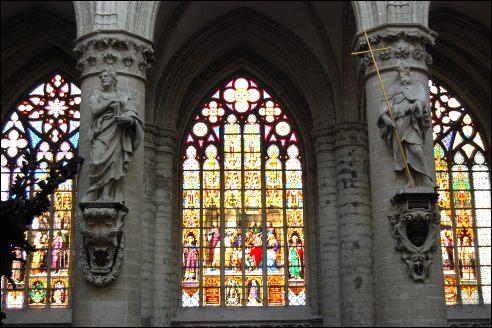 glas-in-lood Kathedraal van Sint-Michiel en Sint-Goedele