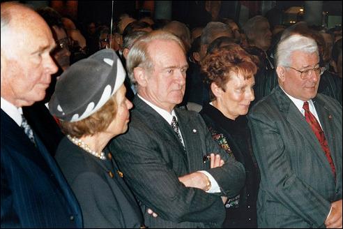 Peter en Irene Ludwig (links) met Johannes Rau en de burgemeester van Keulen met zijn echtgenote