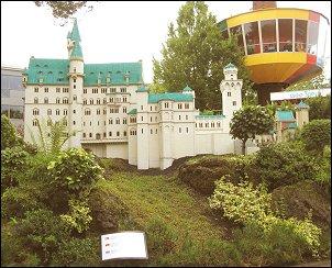 Neuschwanstein in Legoland (Foto: Ben Hendriks)