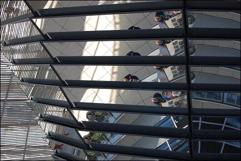 Spiegelkolom in Rijksdagkoepel