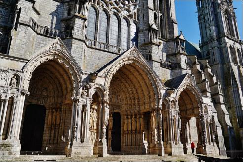 Noordingang Kathedraal van Chartres
