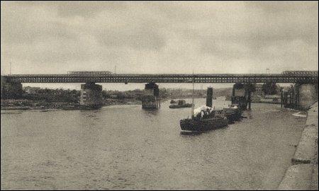 Baileybrug over de Rijn