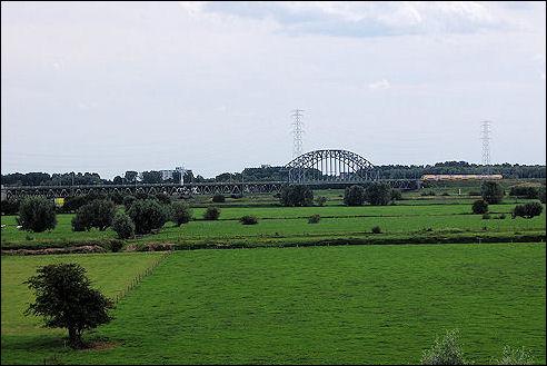 Spoorbrug vanuit Oosterbeek
