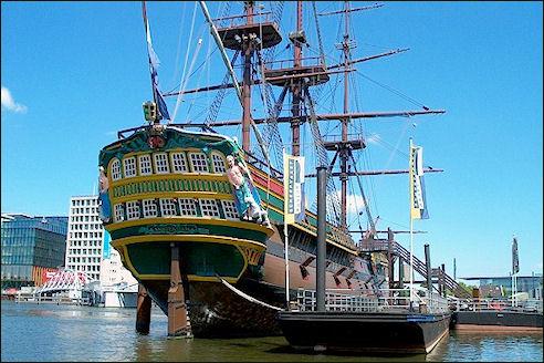 Schip De Amsterdam