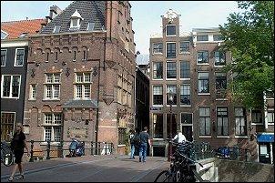 Amsterdam straatbeeld in 2008 (foto: Ruud van Capelleveen)