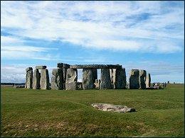 Historisch monument uit de Megalietcultuur in Brits landschap