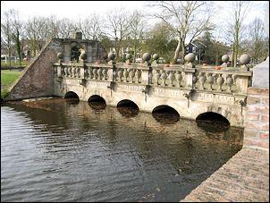 Pont Pacis of Vredesbrug