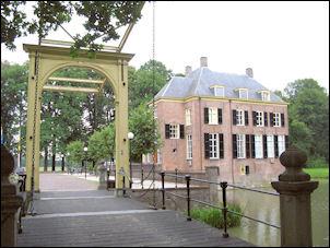 ophaalbrug van kasteel Neerijnen
