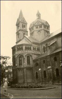 Munsterkerk in Roermond in 1957 (foto: Ben Hendriks)