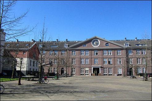Oranje-Nassau Kazerne in Amsterdam