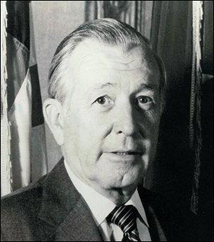 Donald Regan (foto US government)