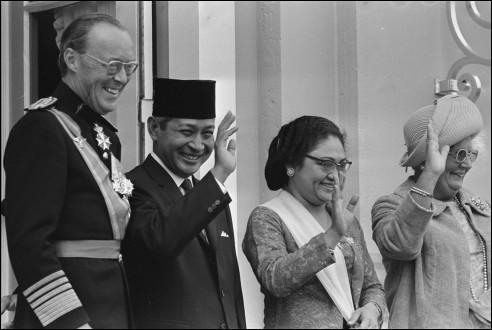 Staatsbezoek president Soeharto