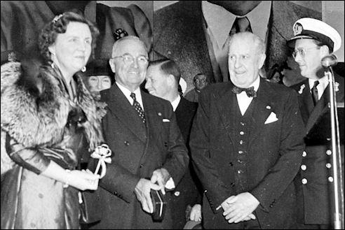 Juliana en Bernhard bij Truman in 1952
