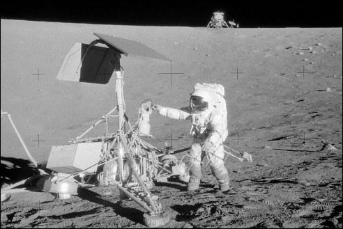 Charles Conrad op de maan