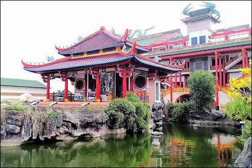 Kwan Sing Bio Tempel in Tuban