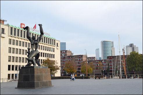 Zadkine monument Rotterdam