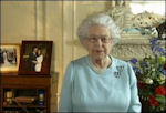 Elizabeth tijdens haar dankbetuiging op 5 juni 2012