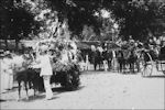 Bloemencorso in Nederlands-Indië