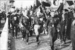 Mussolini tijdens een demonstratie